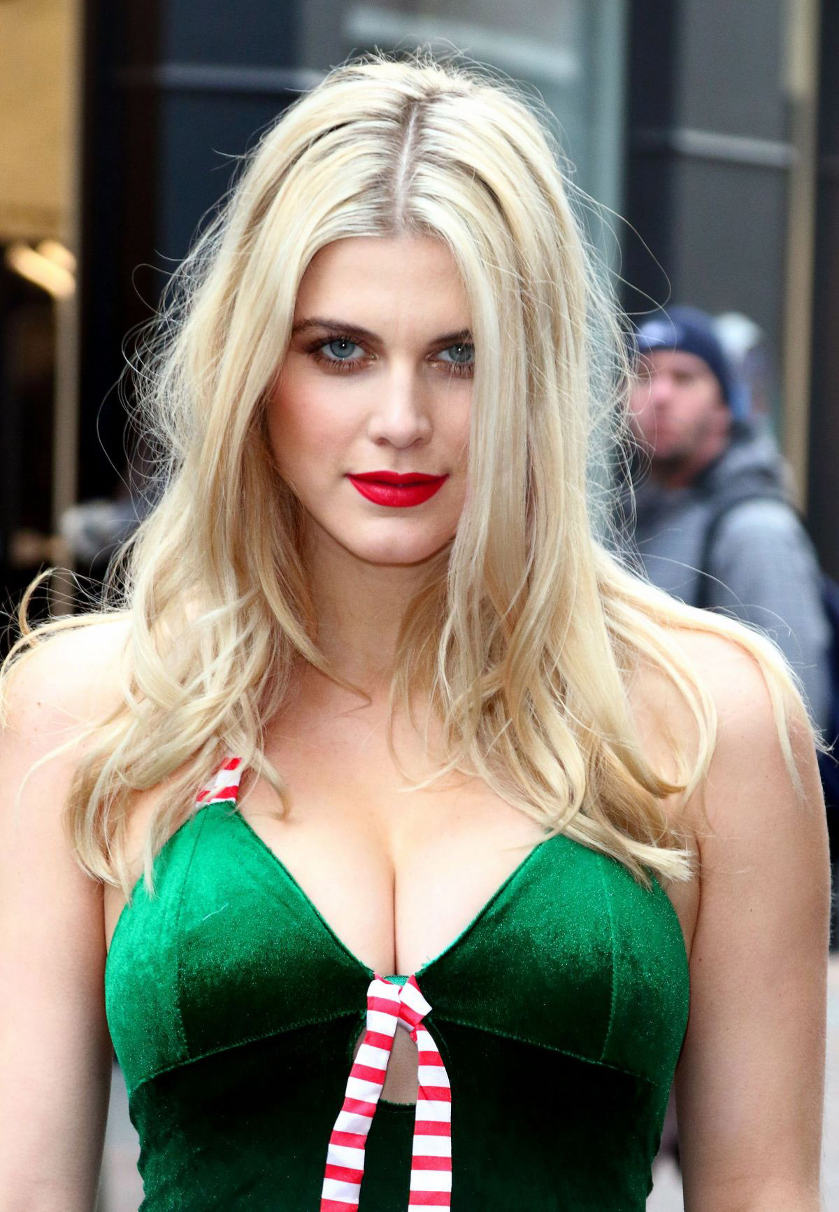 ashley-james-peta-anti-fur-campaign-in-london-28