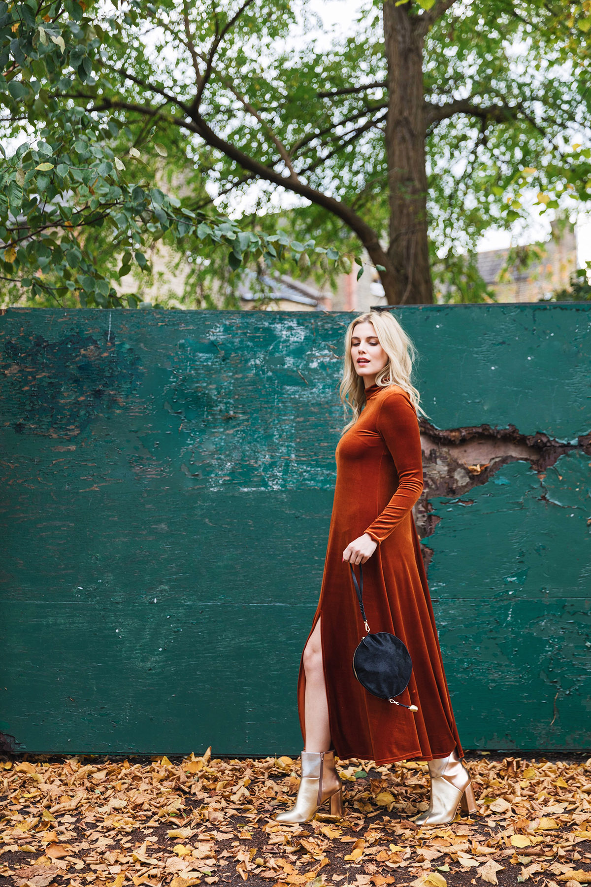 5 ways to wear velvet - orange velvet dress
