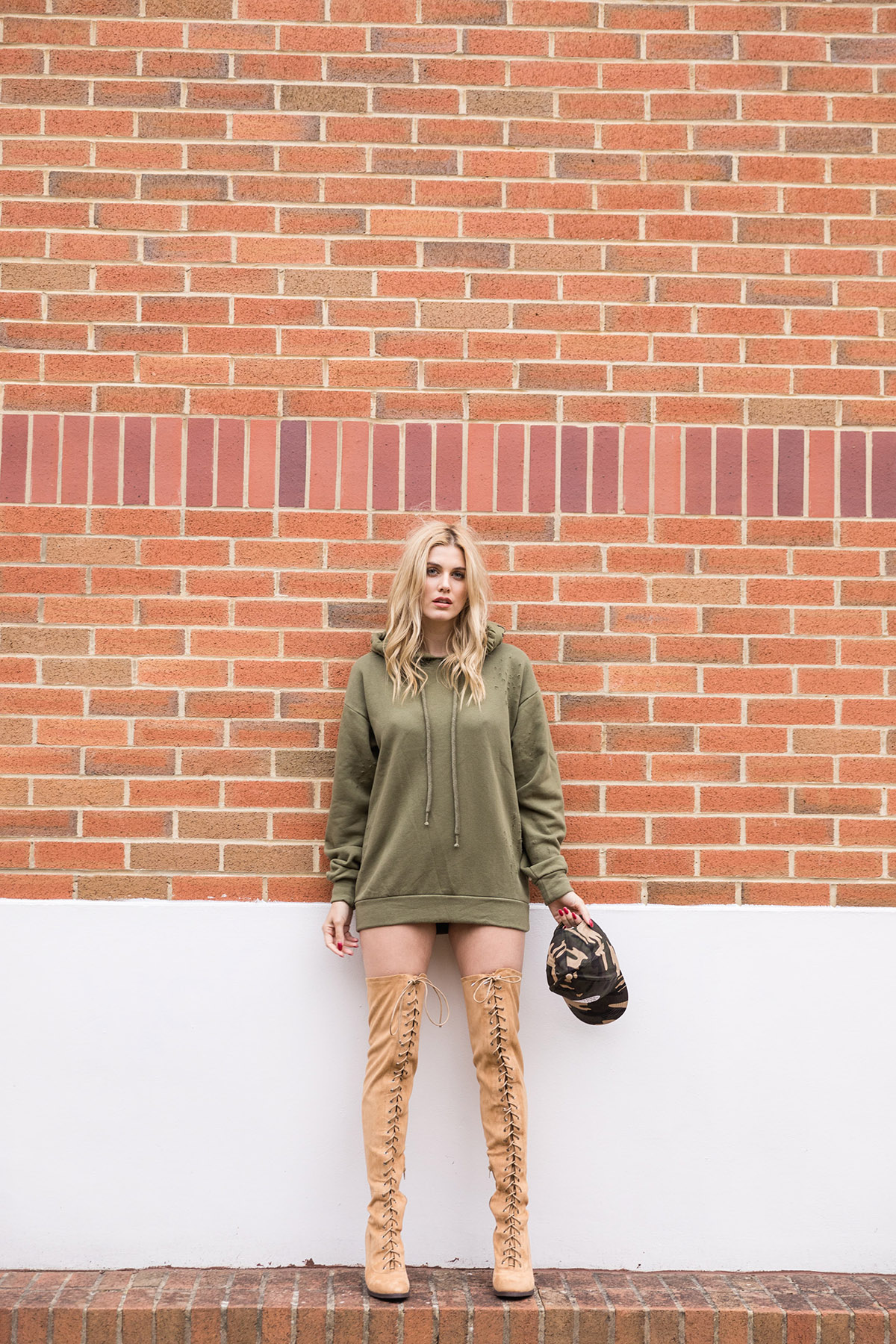 oversized hoody and boots
