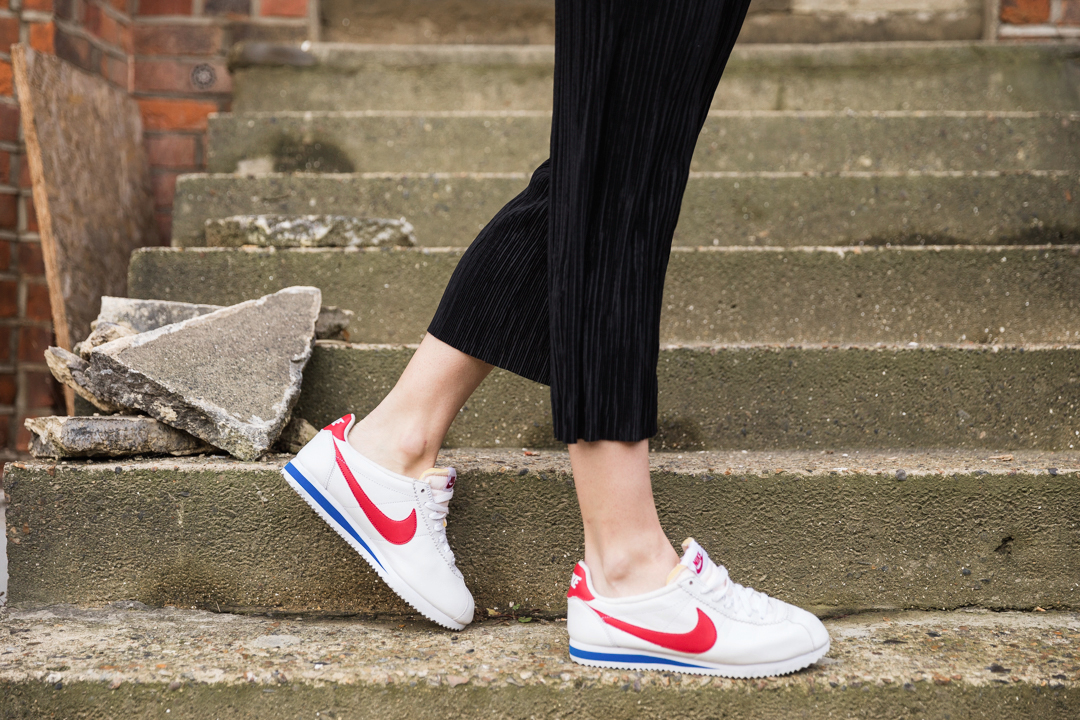 How to wear faux fur Ashley James Nike Runners