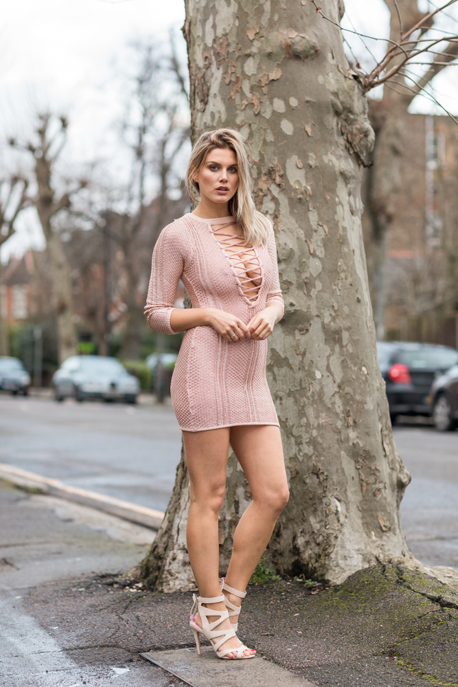 What to wear on Valentine's day Ashley James 5 ways to wear Pretty Little Thing