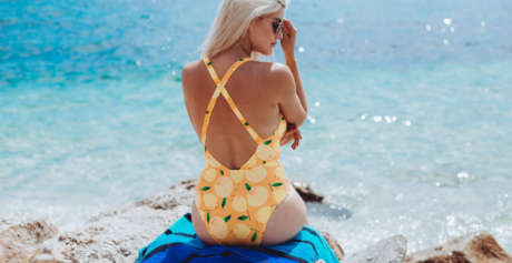 5 ways to wear: Beachwear